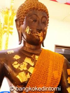 Statua del Buddha al Wat Sri Boon Ruang